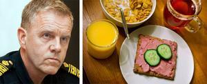 Länspolismästare Lars Hallberg sätter P för Västmanlandspolisens hemlagade snutfrukost.