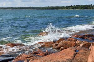 De röda klipporna är ett kännetecken för Ålands skärgård.