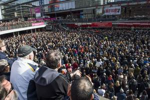 Manifestation i Stockholm efter terrordådet.