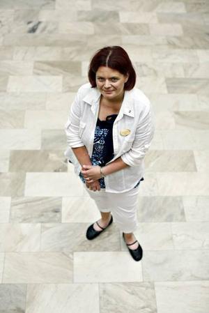 Camilla Frykman stod stadigt i blåsvädret för  några veckor sedan. Hon fick mycket ris, men mest ros.