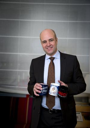 Tar för sig. Moderaterna har under Fredrik Reinfeldt blivit det helt dominerande borgerliga partiet.