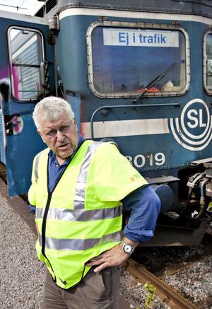 Sten Holm är ansvarig för museala fordon. Han har mycket att stå i nu när de fått ytterligare ett tåg till museet.