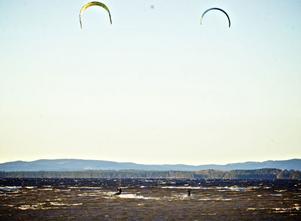 En perfekt surfdag på Siljan, fyra dagar före Nyårsafton.