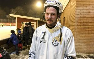 Johan Andersson, bäst på isen – men Västanfors föll ändå i bottemötet mot Gustavsberg.