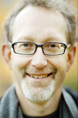 Professor Olle Lundberg återvänder till Mittuniversitetet.