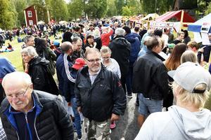 Mellan två och tre tusen personer besökte 5i12-rörelsens internationella fest på Murberget.