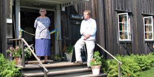 Christina Berg-Tyleskog och Per Lejoneke invigde under torsdagen ett nytt besökscentrum i Rengsjö.
