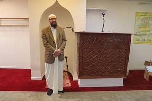 Abo Raad är imam i Gävle moské.