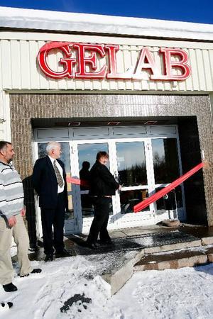 AnnSofie Andersson (S), kommunalråd, invigde Gelabs nya lokaler på Frösön, som ägs av Östersunds kommun.