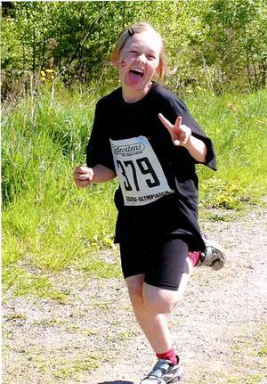 Molly Hägglund fångades i flykten på det vinnande fotot.