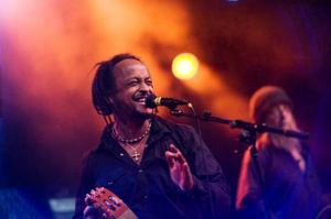Daniel Lemma öppnade årets Bluesfestival tillsammans med Mats Ronander och Louise Hoffsten.