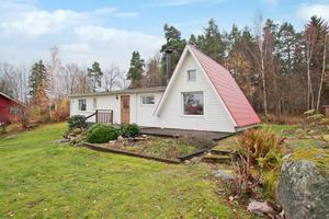 Det lilla huset på Tidö-Lindö blev mest klickat under vecka 45.Foto: Bostad Västerås