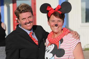 Lärarna Mari Svelander (Walt Disney, t.v.) och Lotta Regnander (Mimmi Pigg)