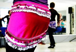 Al Farah lär främst ut egyptiska danser till sina deltagare.