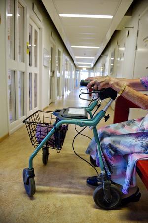 Felprioriterat. Enligt en rapport har kommunerna hållit nere stödet till äldrevården.Foto: Scanpix/TT