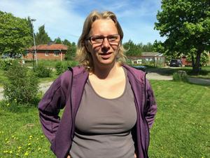Annki väljer att ställa upp i reportage. Det kan hjälpa henne – och andra.