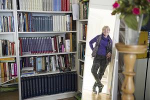 Catharina Ingelman-Sundberg har tidigare varit både journalist och marinarkeolog. Idag är hon tacksam för den akademiska utbildning som hennes föräldrar tvingade henne att fullfölja.