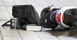 En av rånarna blev övermannad och rånbytet hamnade på backen vid det tilltänkta flyktfordonet.