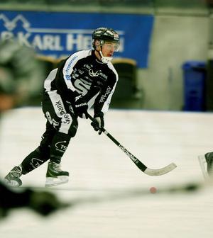 Sandvikens Dennis Henriksen är en av två debutanter.