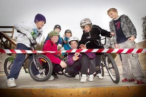 William Rydfelt, Rasmus Bodell, Ville Svärd, Kristian Eriksson, Ludwig Rydfelt, Jacob Berg och Johan Borgström invigde rampen tillsammans