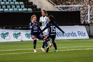 Måljubel från Ellinor Johansson. Men sedan tappade SDFF till 1–4.