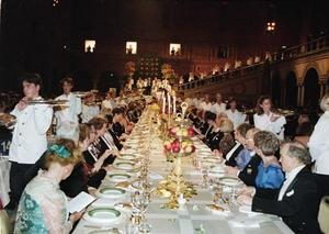 Varje år får elever från tre olika restaurangskolor servera vid Nobelmiddagen. I december är det några Östersundselevers tur att komma i riktiga hetluften.