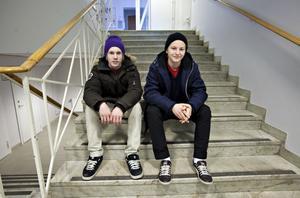 Fredag 17 februari är sista datum för förstaårseleverna att välja individuellt val inför tvåan. För byggeleverna Pontus Johansson och Patrik Widin lutar det åt idrott. De tänker inte välja kurser som ger dem högskolebehörighet.