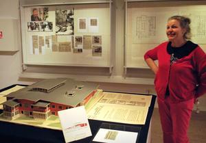 Ingela Sannesjö och hennes kollegor vid både kulturförvaltningen och biblioteket håller jubileumsöppet på lördag.