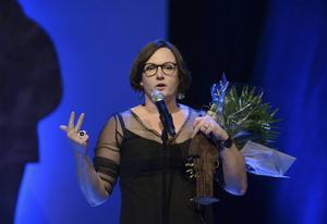 Jessica Schiefauer tilldelades Augustpriset för sin kärlekshistoria