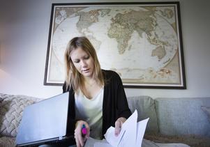 Caroline Eriksson vill sätta Delsbo på världskartan och hon missar aldrig en chans att göra reklam för sin hemort. Nu planerar hon för årets turnering.