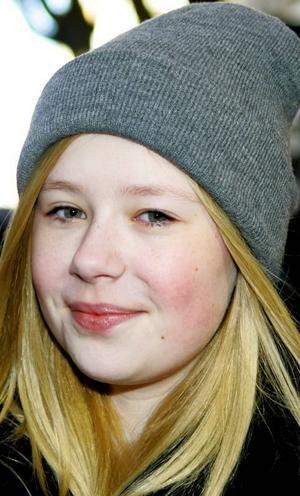 Hanna Olsson,16 år, Östersund:– Nej inte än. Det kommer att bli kallare, man får härda ut. Det är när det är någonstans kring 15 minusgrader som jag börjar använda långkalsonger.