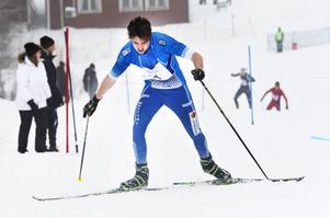 Markus Persson, Hudiksvalls IF, gjorde en snygg klättring i slalombacken och vann H 19–20-klassen.