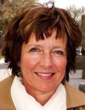 Irene Nilsson, 56 år, Frösön:– Ja det tror jag att hon gör. Det är en bra låt, den är lite annorlunda. Och hon är proffsig.
