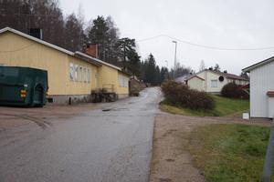 Högalidsvägen 7, till höger i bild, angavs som adress för asylboendet i mejlkontakten med Hofors kommun.