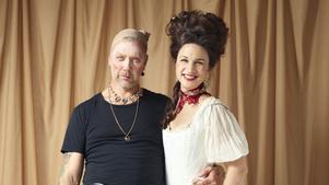 Mikael Persbrandt och Petra Mede i