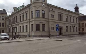 Sedan studentkåren flyttade har huset på Köpmangatan stått tomt. Nu planerar Sundsvalls kommun att skapa en gemensam mötesplats där.