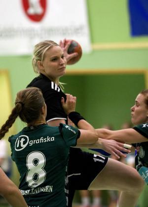 Elisabet Moström gjorde sju mål när Härnösand tog andra segern i allsvenskan.