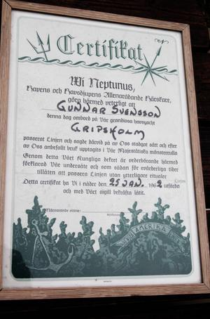 Gunnar har ett certifikat på att han varit med i besättningen på Västindienkryssaren Gripsholm.