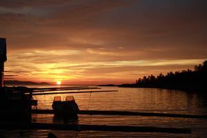 Soluppgång kl 4 på morgonen i sommarstugan