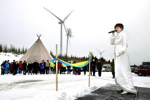 Nötåsen 28 januari: Vindkraftsparken i Holm invigs.