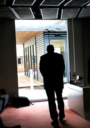 Sandvik Tooling, med huvudkontor i Sandviken, varslar 120 anställda i Sandviken. 80 av dem är tjänstemän. Än ser Sandvik ingen ljusning i konjunkturmörkret.