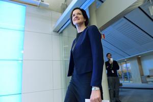 Moderaterna öppnar för att fälla regeringen redan i höst om Sverigedemokraterna stödjer en gemensam alliansbudget.
