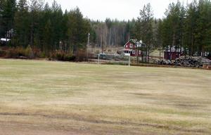 Kårböle är likt Rätan och Åsarna en rätt stor by men av olika anledningar försvinner fotbollen från kartan redan i mitten på sextiotalet.