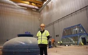 Anders Hjärtedal i den utvändigt 40 meter höga provhallen. I Januari börjar testutrustning sättas in. Första proverna går igång i mars.