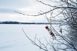 – Skridskor är lika populärt som fisket var under påsk förut. Men isfisket är på väg att komma tillbaka, säger Jan Jonsson.