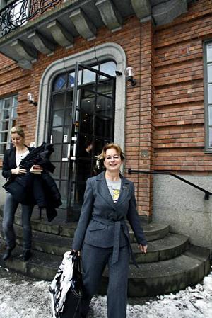 Kulturminister Lena Adelsohn Liljeroth var imponerad av länsmuseets samlingar.