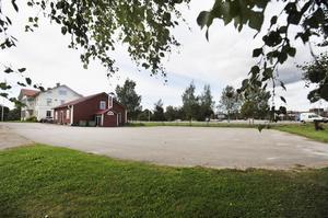 30 nya parkeringsplatser intill Odd Fellow-huset vid Schenströms är ett av huvudförslagen.