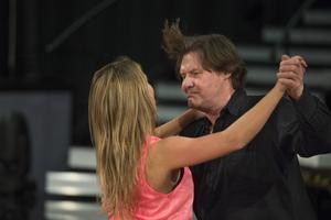 Johan Rabaeus och Cecilia Ehrling ska dansa jive på fredag.