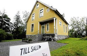 En villa för fem miljoner kronor har sålts i Falu kommun och en Borlängevilla kostade 4,5 miljoner kronor. Det är även de objekt som sticker ut mest på listan över de senast genomförda fastighetsaffärerna i Dalarna, tillsammans med ett par större fastighetsaffärer i Sälen. OBS: Bilden är tagen i ett annat sammanhang.