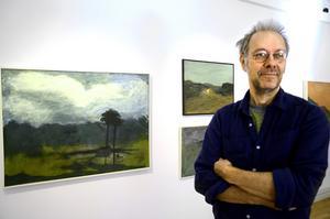 """Hemvändare ställer ut. Konstnären Tomas Lidén har blivit """"kändis"""" sedan han stod och böjde plåt hos Volvo på 70-talet. Idag har han vernissage för en ny utställning i Konsthallen, Bergööska huset."""